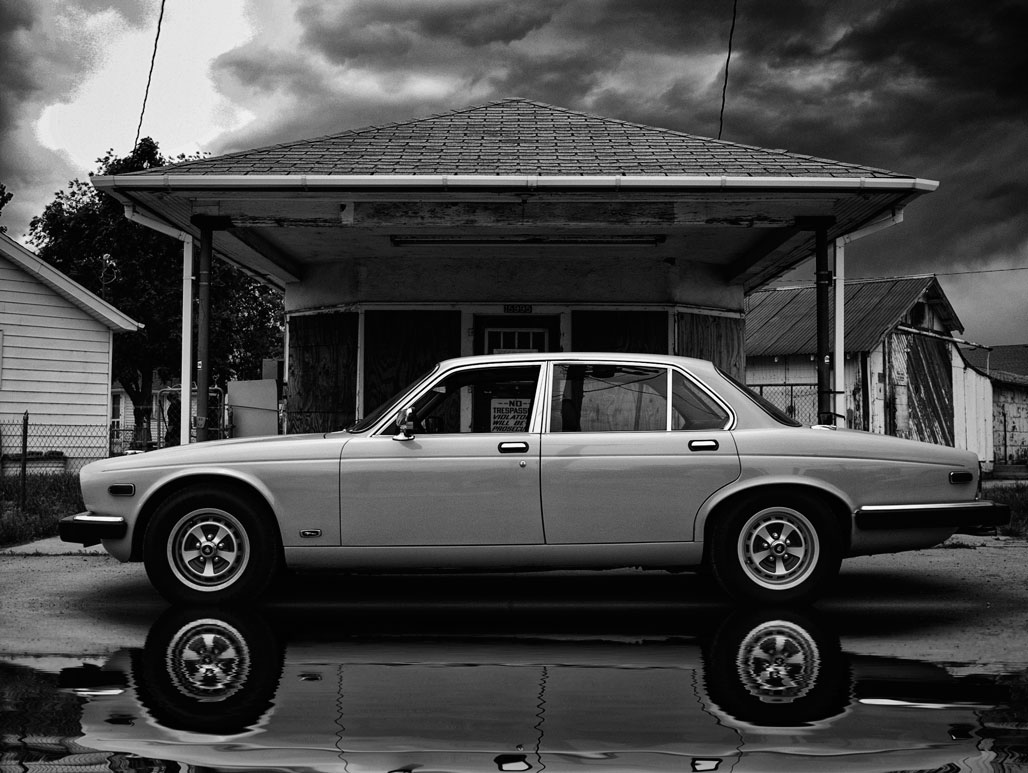 "Adding the ""Wet Street"" Look to Your Car Photographs"
