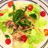 Noi's Spicy Tuna Salad (Fuji Style) ยำสลัดทูน่าสไตล์ฟูจิของหน่อย