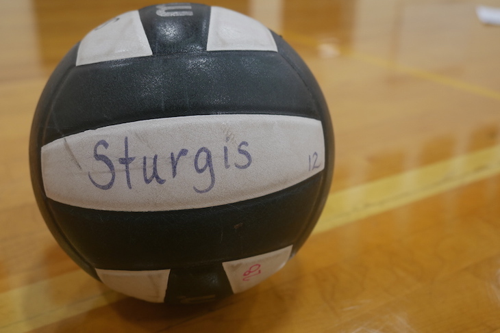 Edwardsburg wins Wolverine volleyball match at home vs. Sturgis