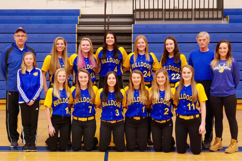 Centreville softball stays perfect after sweeping Cassopolis Ross-Beatty