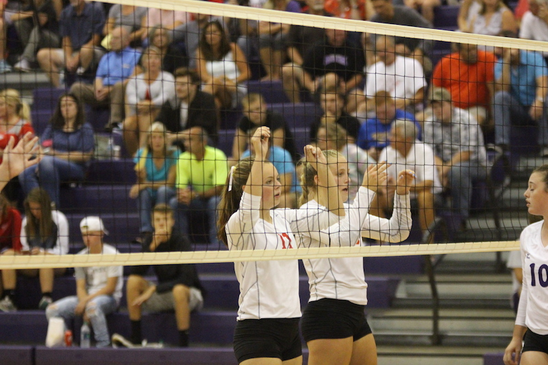 Gallery: Schoolcraft volleyball gets SAC win at home over Constantine