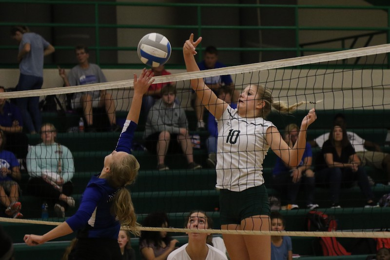 Video: Mendon volleyball gets easy sweep vs. Cassopolis