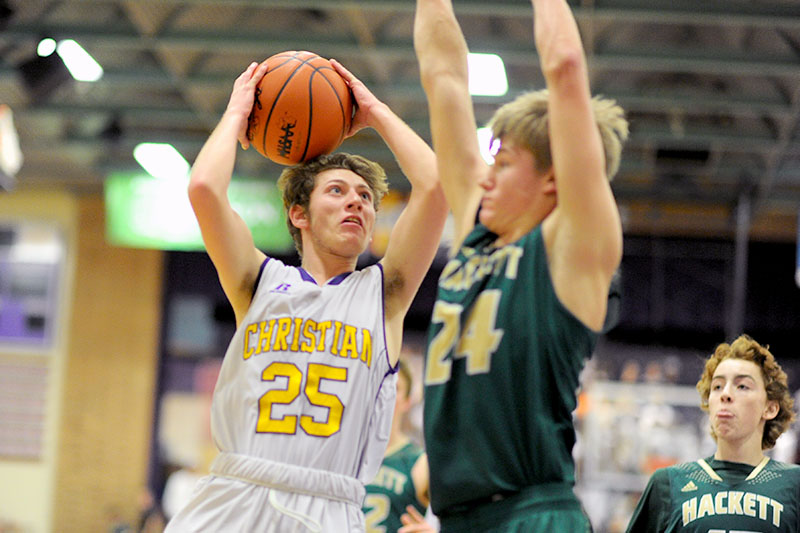 Comets alone atop the SAC Valley off home win against Hackett