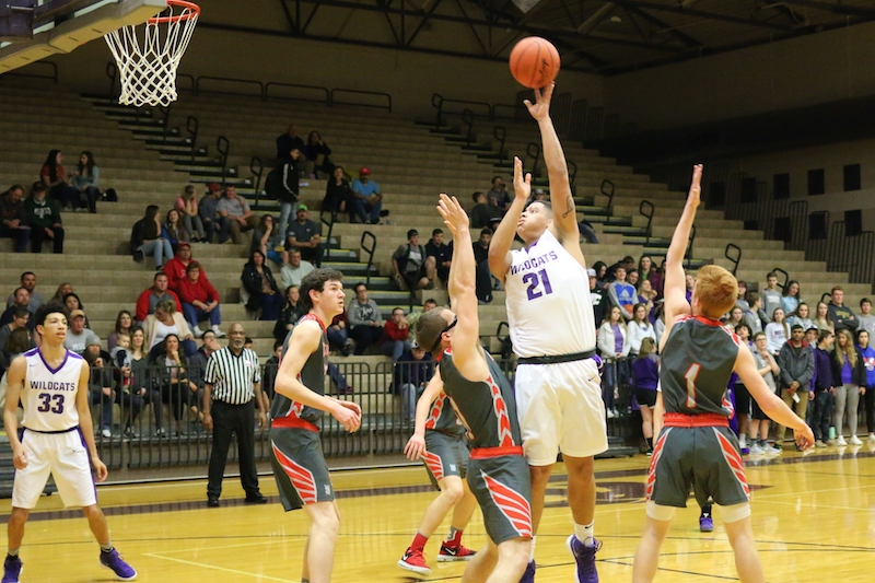 Three Rivers boys survive competitive non-league basketball game against Constantine