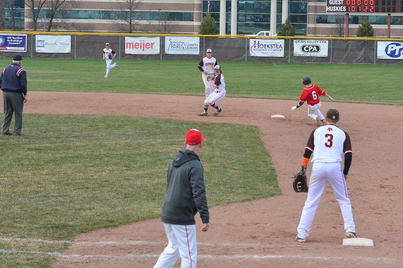 Kalamazoo/St. Joseph County Baseball Weekend Roundup: April 20-21