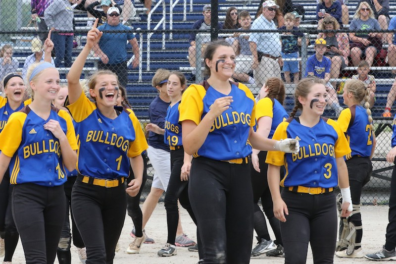 Centreville softball rallies to beat Ottawa Lake Whiteford in Division 4 state quarterfinals