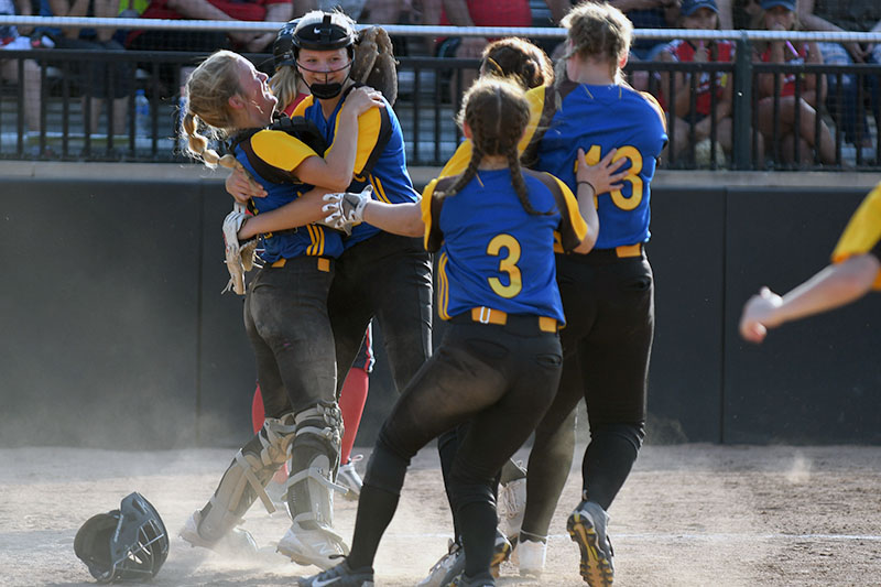 Centreville softball team one win away from Division 4 state title after besting Unionville-Sebewaing in semis