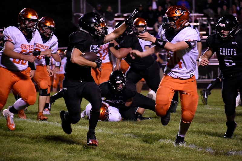 Gallery: White Pigeon football moves to 3-0 after blowout against Gobles