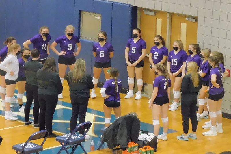 Schoolcraft volleyball advances to championship after Valley Lutheran forfeit