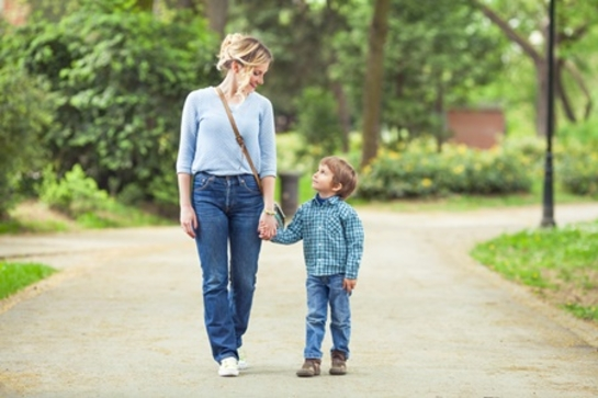 Mommy-Nearest-When-a-mother-sexually-abuses-her-son_image_545x364