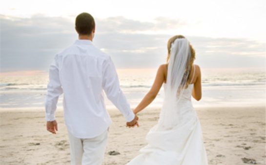 Today's-Younger-Couples-Are-Embracing-Open-Relationships_image_545x364