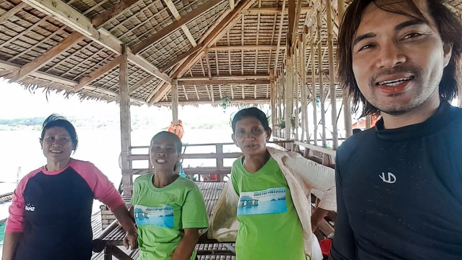 Selfie with the women manning the Floating Cottage