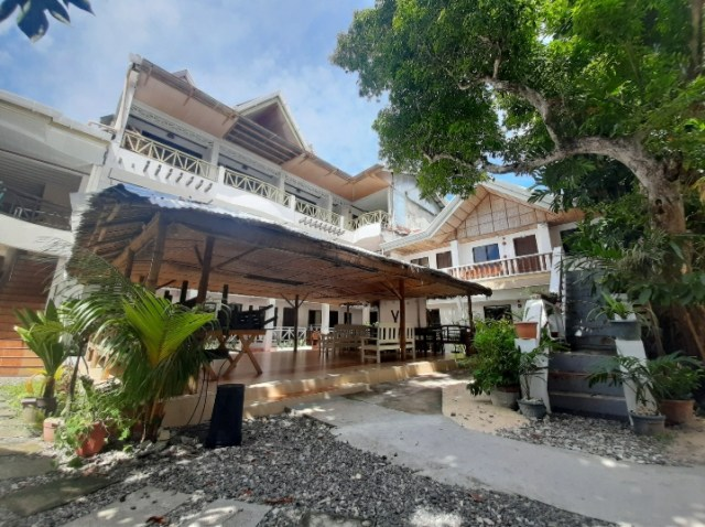Stay in Boracay for 2000 pesos and below per night