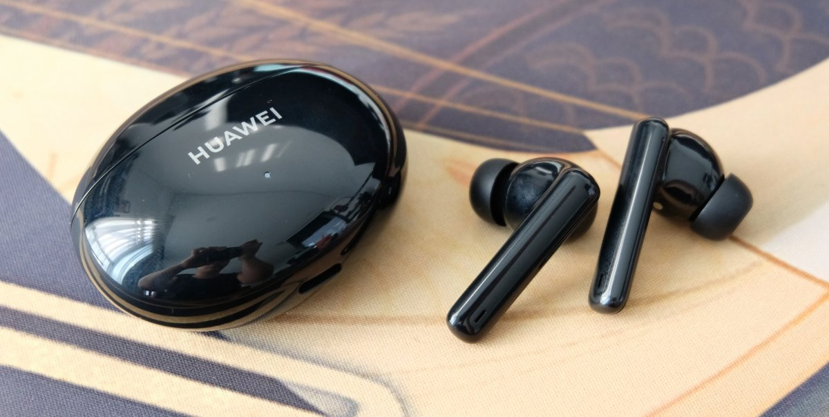 est Headphones for Audiobooks