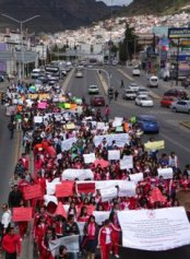 marcha Pachuca (5)