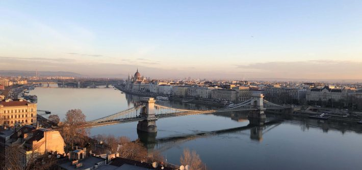 a picture illustrating Budapest at dawn, as seen while traveling with only a backpack