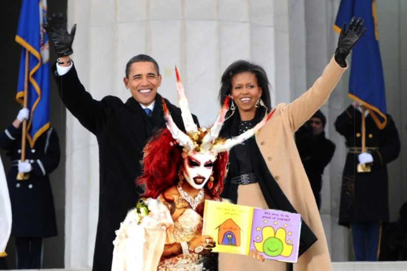 DragQueen Demon Reads to Kids at Michelle Obama Library