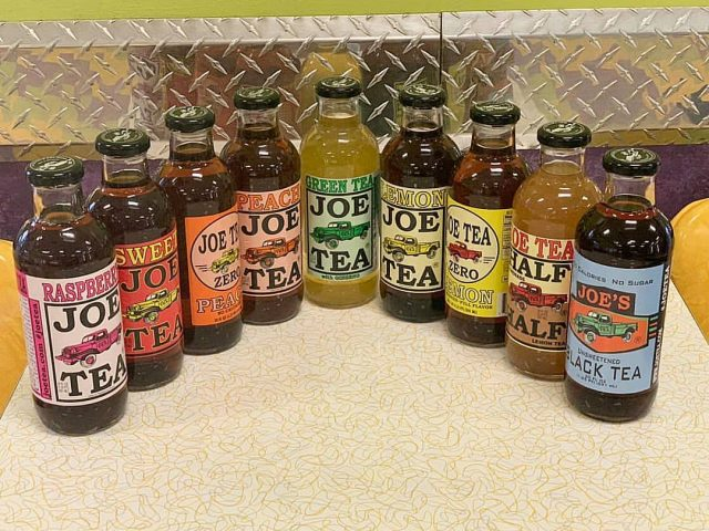 Did you know that we carry a variety of officialjoetea drinks ?! Which one is your favorite ?! #icetea #joetea #deli #bagels #supportsmallbusiness