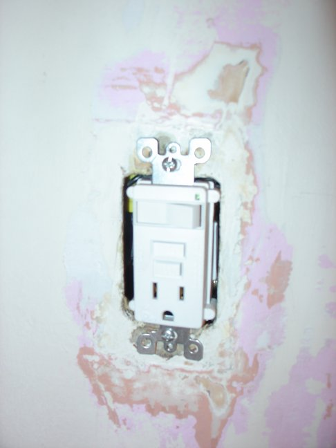 Outlet Wiring Diagram Also Wiring A Light Switch And Gfci Outlet
