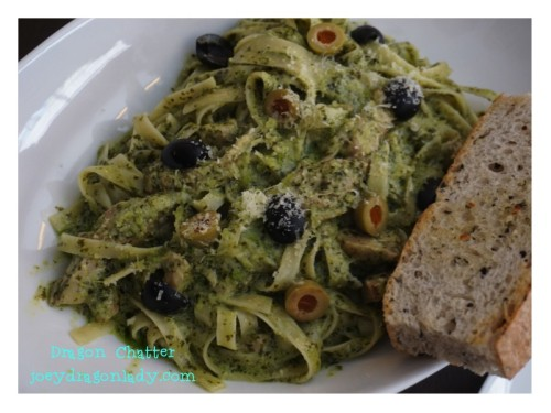 Fettuccine with Chicken in Basil Pesto Cream