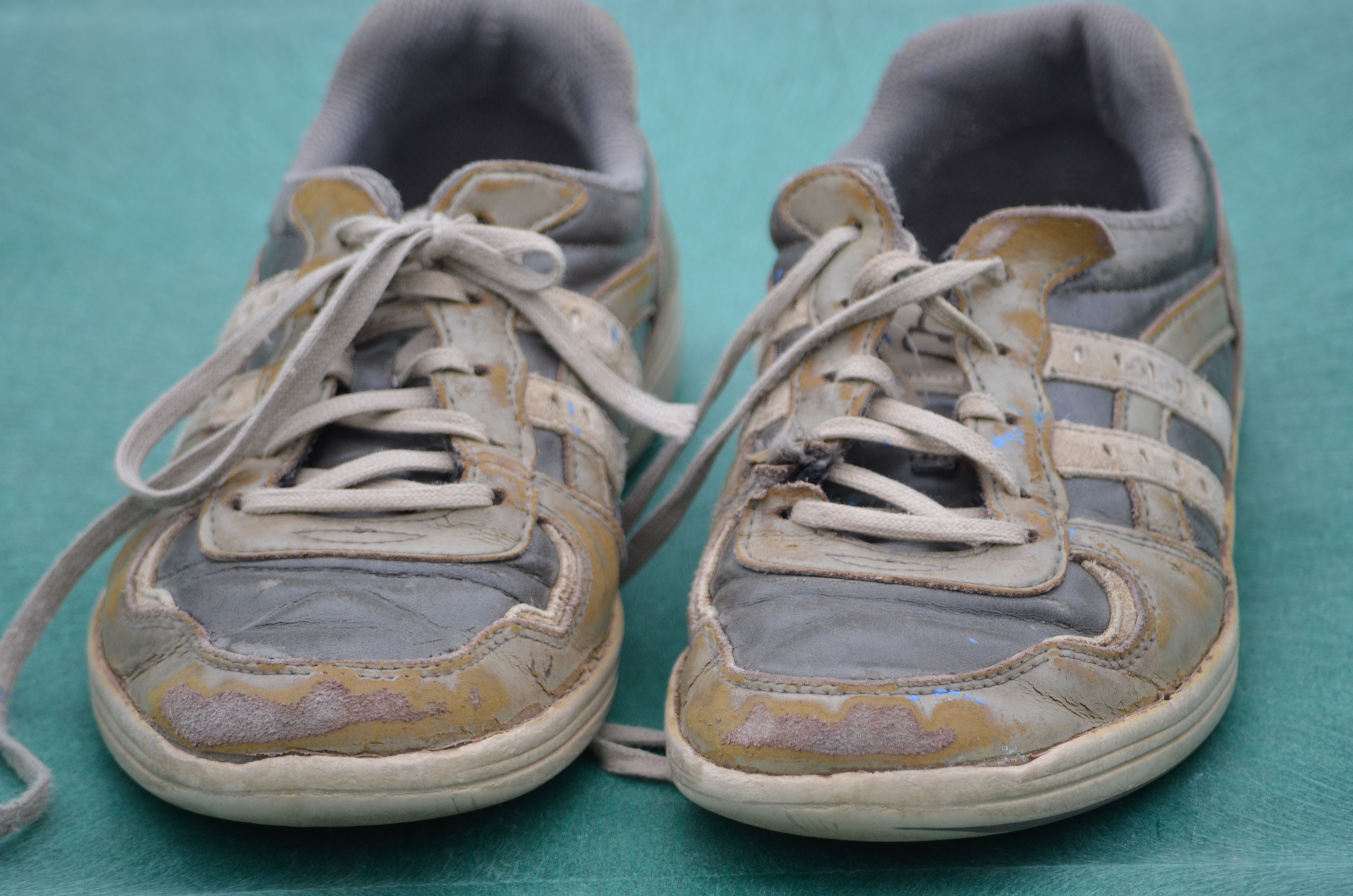 How To Tell If Your Shoes Are Worn Out | The Shoe Guide