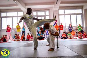 Association de Capoeira Paris Jogaki 2014 - atelier decouverte pour enfant jogaventura128 [L1600]
