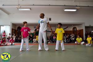 Club de Capoeira Paris Jogaki 2014 - activite jeux gratuits pour enfants jogaventura117 [L1600]