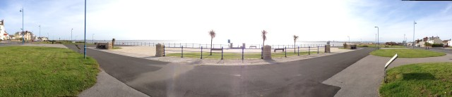 Seaton Green - Looking out to sea - 29-06-2013