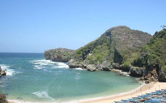 Pantai Watu Kodok di Gunung Kidul, sumber ig travel_smartgirls