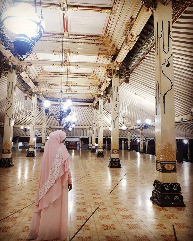 Teras Masjid Gedhe Kauman Keraton Jogjakarta, sumber ig trypurnamasary