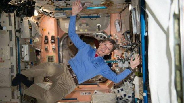peggy whitson astronot nasa yang hidup di antariksa 20180529 230345