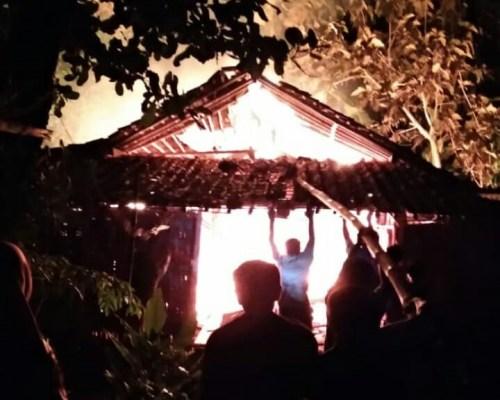 Kebakaran ploso jenar