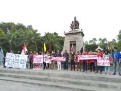 unisri demo anti rasisme