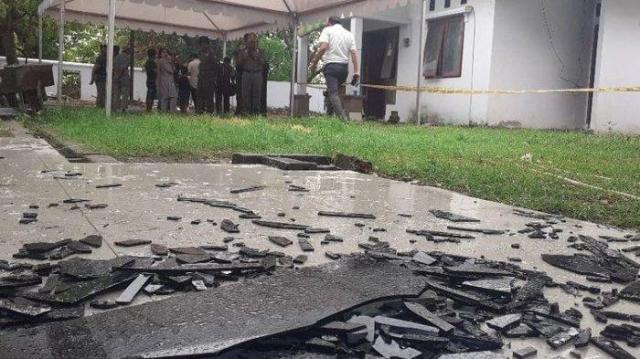 ledakan di halaman kantor kejaksaan negeri kejari parepare sulawesi selatan selasa