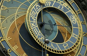 astronomical clock 226897 1280