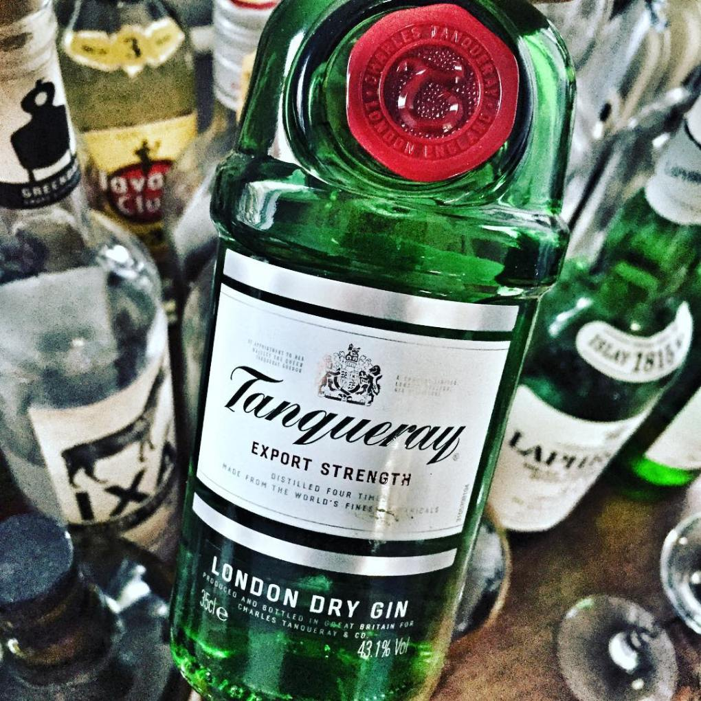Tanqueray Gin for French 75 Cocktail