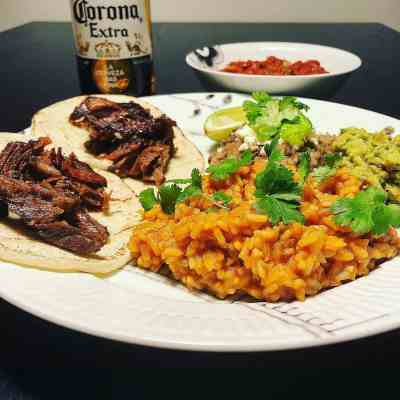 Carnitas platter