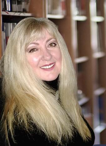 Johanna Kern: founder, transformational teacher, award-winning author, filmmaker