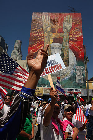 LA_Times_Photo_Calle_Poethig_Latino_March_2010