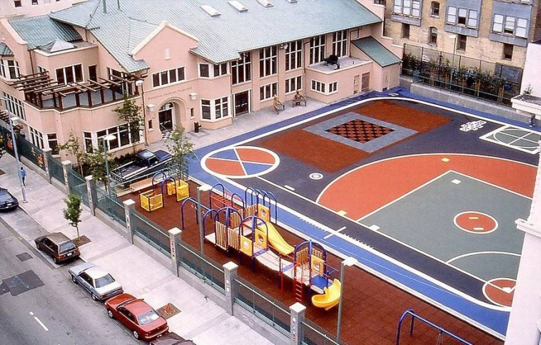 Tenderloin-Playground-view