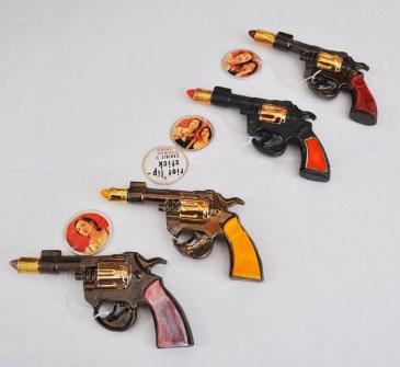 Riot-Lipstick-Pistols