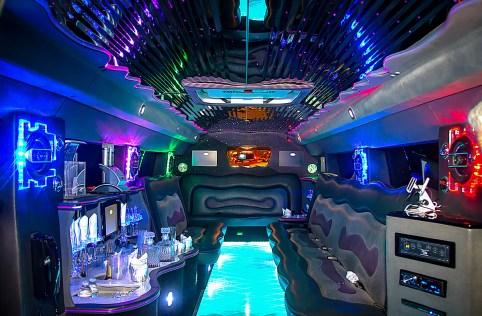 0 limo-interior-2