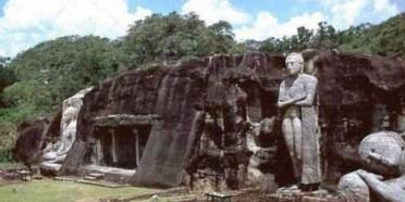 polannaruwa buddha statues