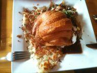 Egg Benedict special - i croissant. Till mitt försvar mitt enda mål mat den dagen.