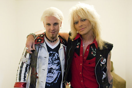 Guest shredder John 5 and Michael Monroe kicking it before taping an episode of TMS. From VH1.com