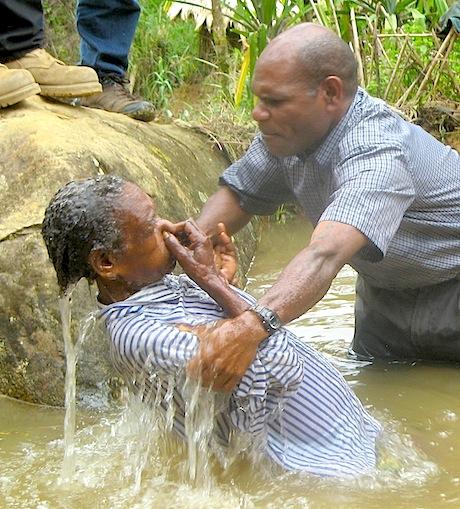 First baptism service at Ipaiyu