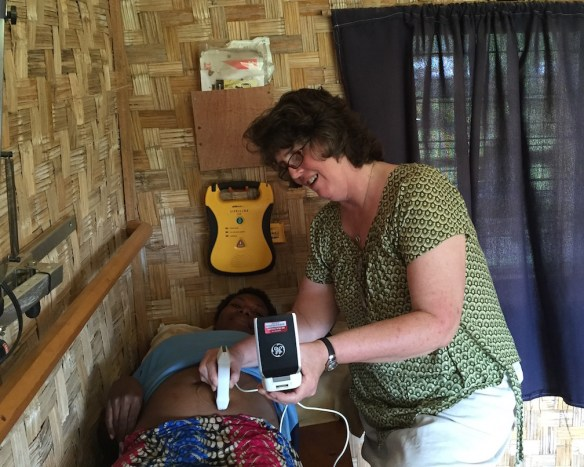 PNG Tribal Foundation & GE donated a V-Scan ultrasound for Kunai Health Centre to use. Works for ante-natal moms and broken bones too!