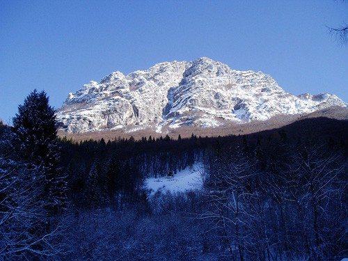 1024px-Friuli_mountain_top
