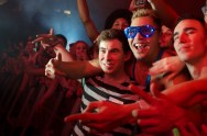 Hardwell meets his fans