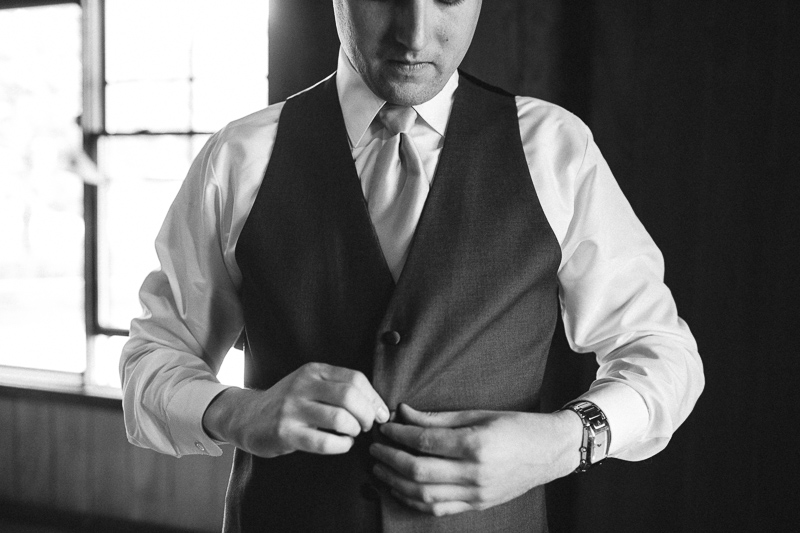 Spruce Mountain Ranch Wedding Photography  black and white groom getting ready
